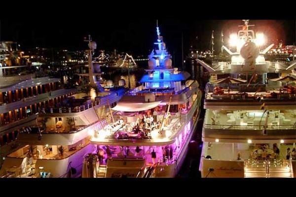 Monaco Yacht Charter - Grand Prix